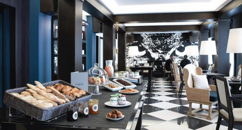 Da rosa for snacking chic at The Chess Hotel Paris