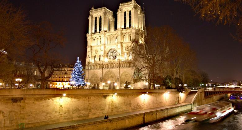Fall in love with the capital during the Christmas holidays