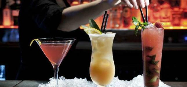 The best cocktail bars in Paris.